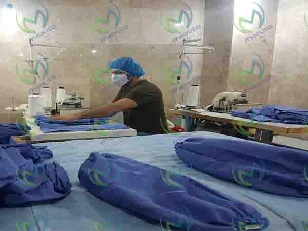 درامد تولید لباس بیمارستانی